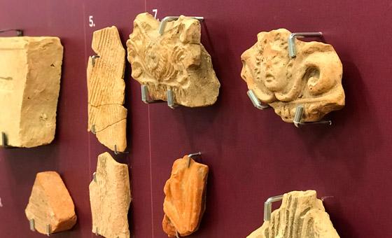 Antichi reperti romani del Museo Archeologico di Claterna